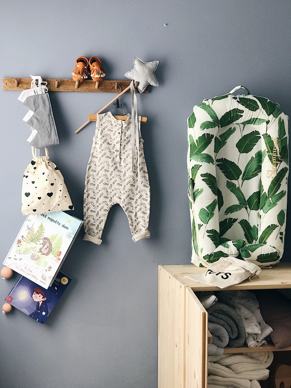 hanging books for kids, knjige na konopu