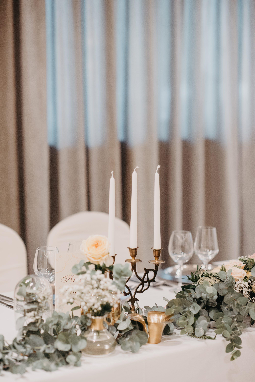 eukaliptus zlatni svijećnjak stol za mladence