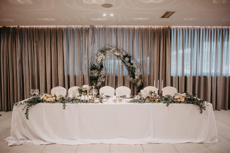 neobična Dekoracija sale za vjenčanje eukaliptusom