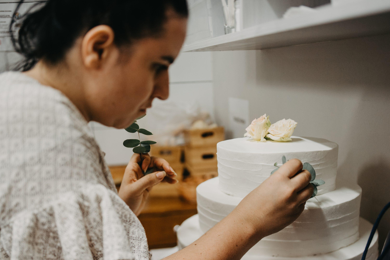 more less ines dekoracija svadbene torte