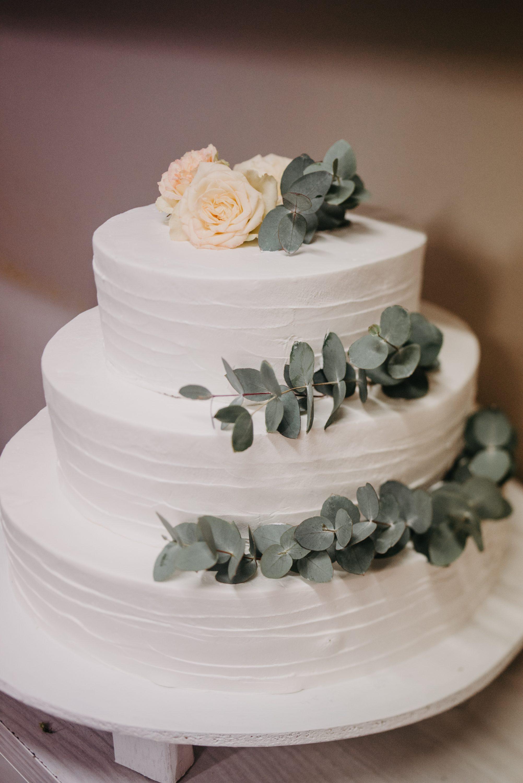 svadbena torta eukaliptus